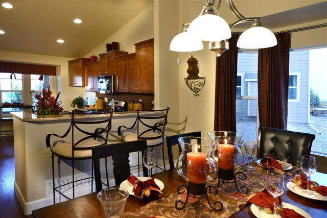 Kitchen dining room combo madre y padre pinterest for Dining room kitchen combination