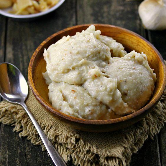 Roasted Garlic Mashed Potatoes | Yummy Food | Pinterest