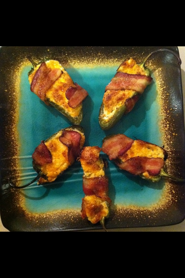 Sweet & spicy jalapeño poppers wrapped in bacon 6 jalapeño peppers 4 ...