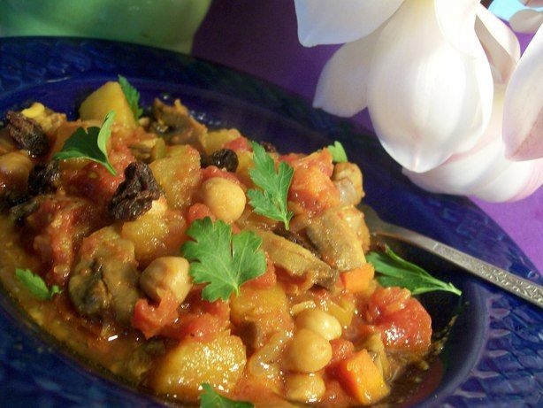 Crock Pot Tagine of Squash and Chickpeas With Mushrooms