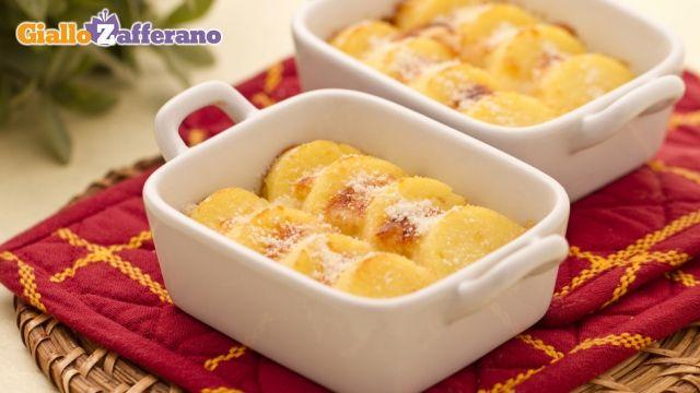 Lazio - Gnocchi alla romana | Eat like an Italian - Mangia Bene | Pin ...