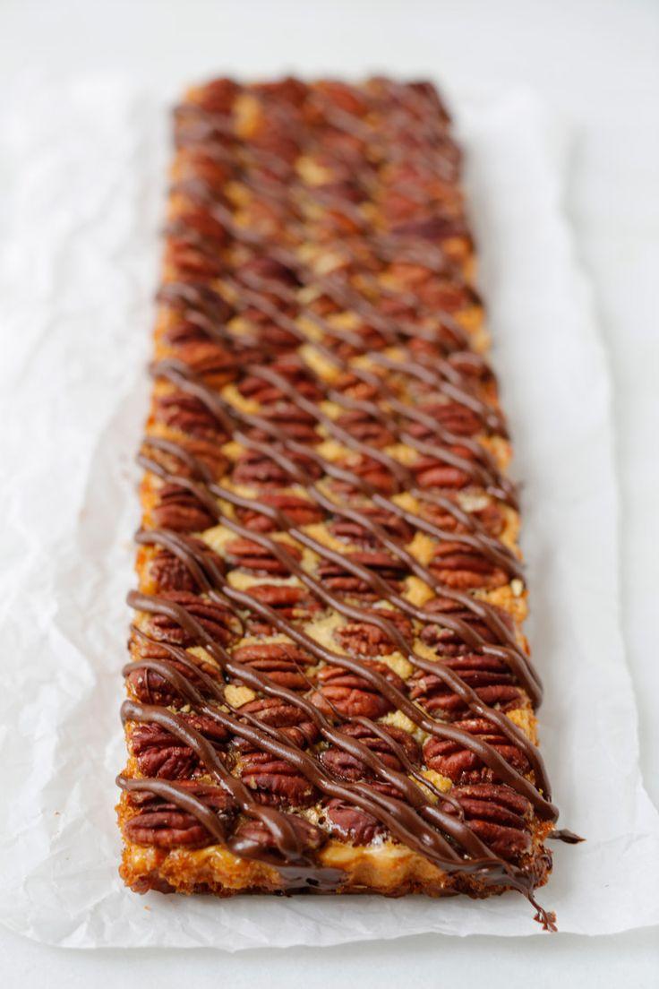 Pecan Pie Tart with Praline Cream | Desert | Pinterest