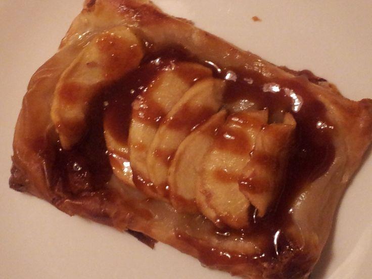 Apple tart with Irish Whiskey Caramel Sauce