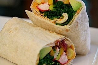 Crunchy Hummus Wraps | Vegan Goodness | Pinterest