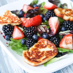 Triple Berry Salad with Halloumi | Purple & Blue Inspired Dishes | Pi ...