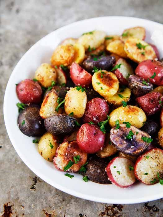 Yum! Roasted Baby Potatoes with Truffle Salt - perfect for parties!