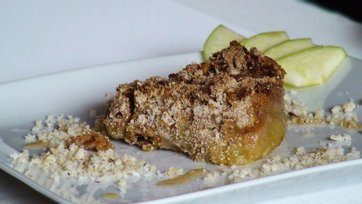 Apple crumle with coconut oil and buckwheat flour, im cooking this now ...
