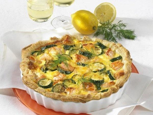Zucchini and salmon quiche | Recipes | Pinterest