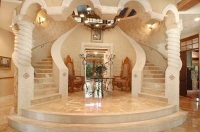 Grand Entrance   Marble Double StaircaseGrand Double Staircase