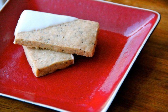 White Chocolate Coffee Shortbread Cookies | Recipe
