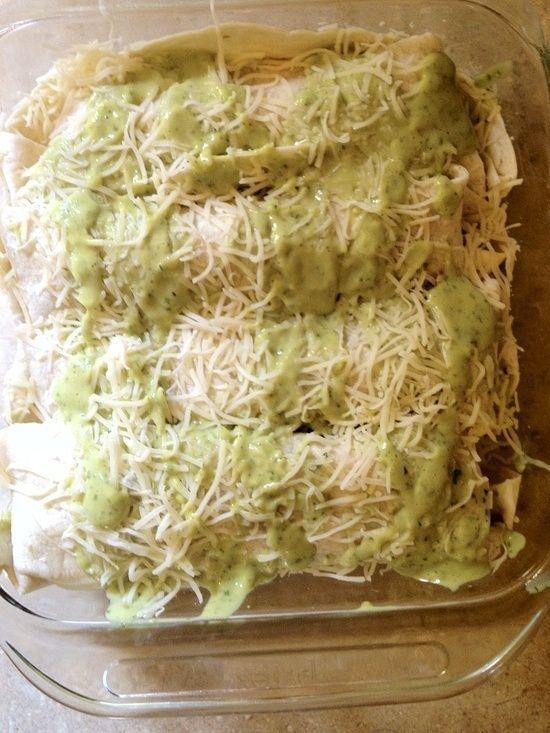 Chicken And Avocado Enchiladas In Creamy Avocado Sauce ...