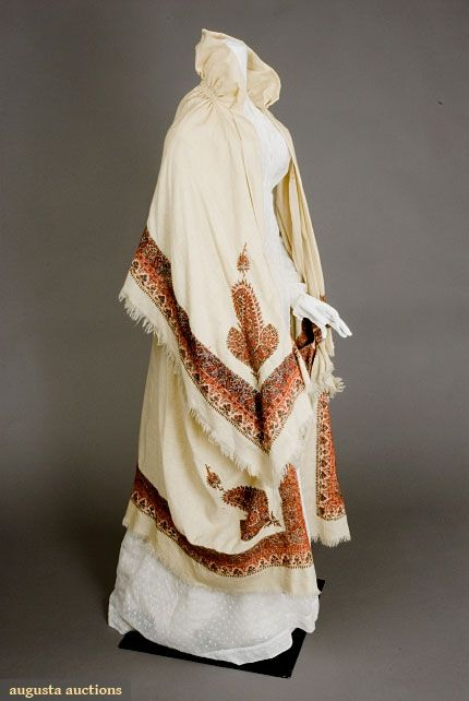 KASHMIRI EMBROIDERED CLOAK, EARLY 19th C, Augusta Auctions