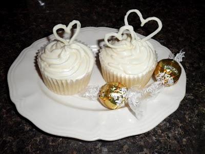 ... White Chocolate Truffle Cupcakes with White Chocolate Cream Cheese