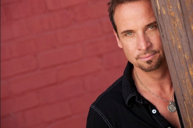 Colin CunninghamColin Cunningham