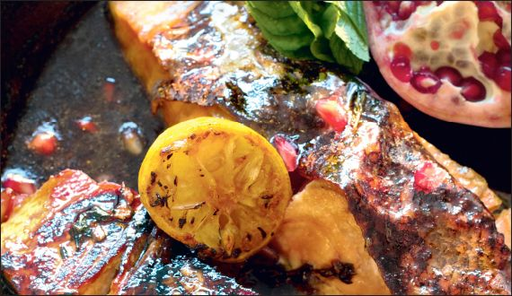 Salmon marinated in pomegranate molasses | Para comer | Pinterest