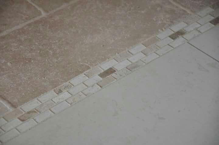 frise de séparation entre deux carrelage | Cage escalier