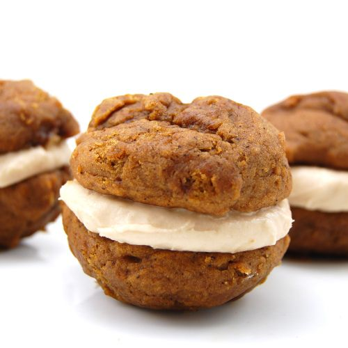Pumpkin Whoopie Pies with maple cinnamon cream cheese filling ...