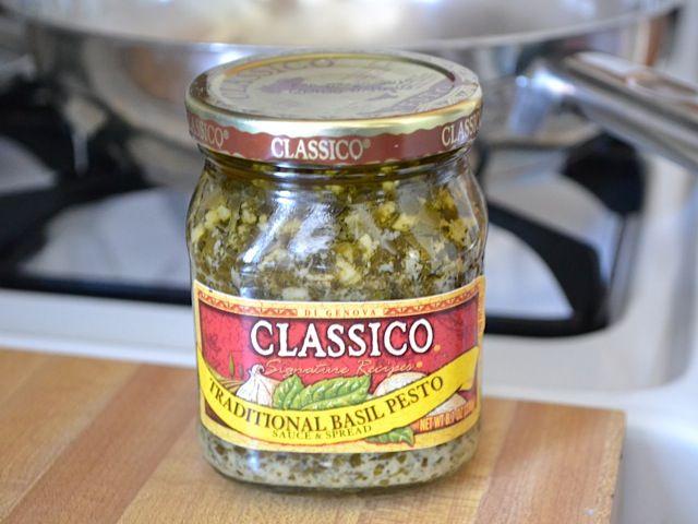 Spaghetti With Broccoli Cream Pesto Recipe — Dishmaps