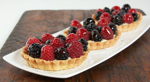 fruit mini-tarts | Desserts/Treats | Pinterest
