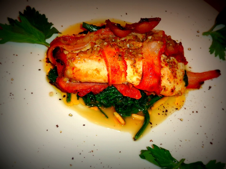 Bacon wrapped fish fillet served with crushed peppercorn for Bacon wrapped fish
