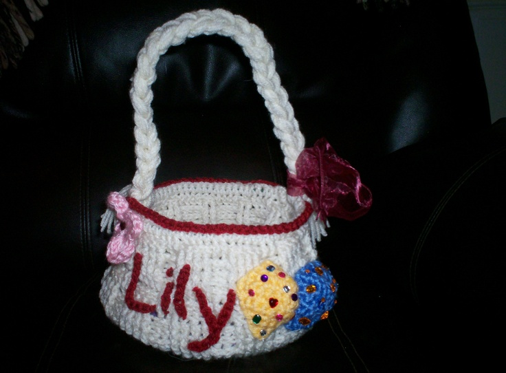Crochet Easter Basket : Crocheted Easter Basket crochet and crafts Pinterest