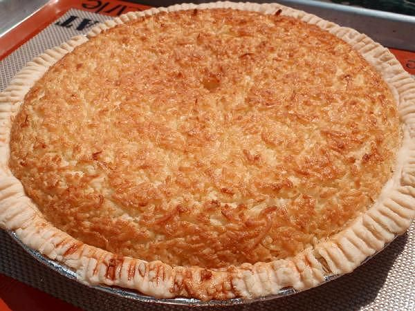 Coconut Pie Recipe | Cakes and stuff | Pinterest