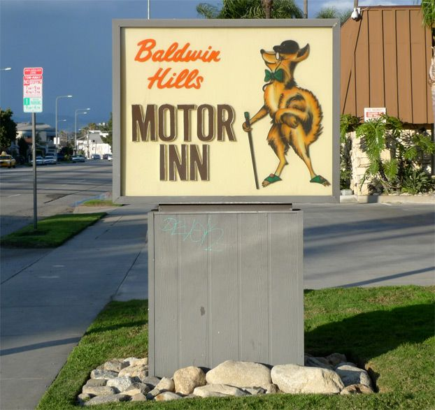 Pin by sherry gordon whitmore on drive in and pinterest for Snooty fox motor inn
