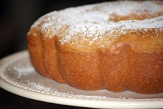 Cinnamon Swirl Bundt Coffee Cake... | Yum Yum | Pinterest