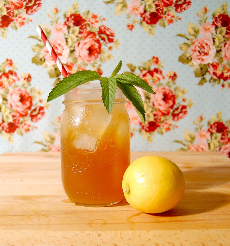 the perfect summer drink! sweet tea vodka and homemade lemonade: the ...