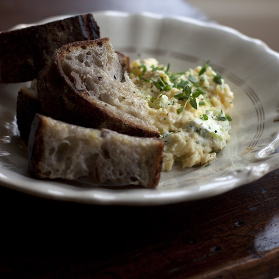 Herb cream cheese scrambled eggs - with some bacon, roasted tomatoes ...
