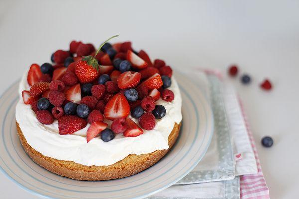 Рецепт торт с маскарпоне и ягодами рецепт