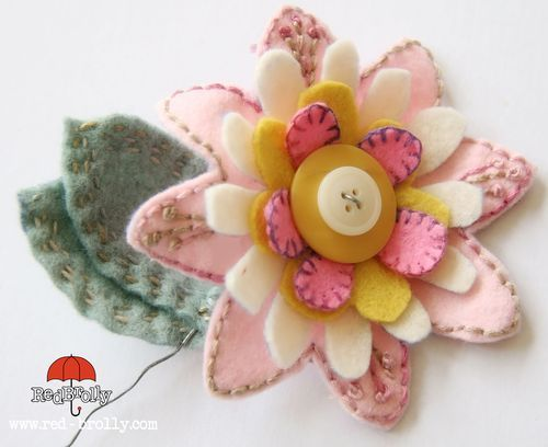 {D.I.Y Tutorial} Stitched Felt Flowers
