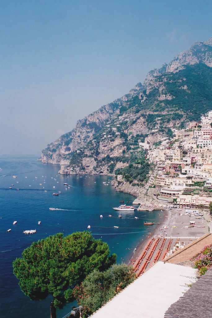 travelogue positano amalfi coast italy