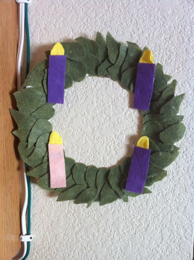 Child Safe Advent Wreath. Simple to make. Paper plate, felt, glue ...