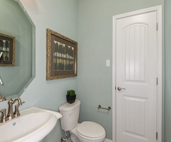 Good bathroom colors ask home design for Good bathroom designs