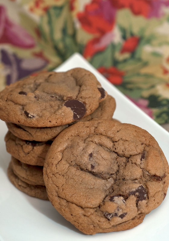 Nutella Chocolate Chip Cookies :: LOOK SO GOOD! Koren would love these ...