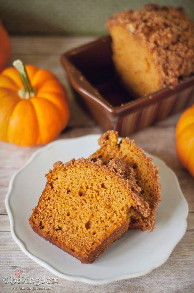 Pepita-Streusel-Pumpkin-Bread-Slices | PUMPKIN RECIPES | Pinterest