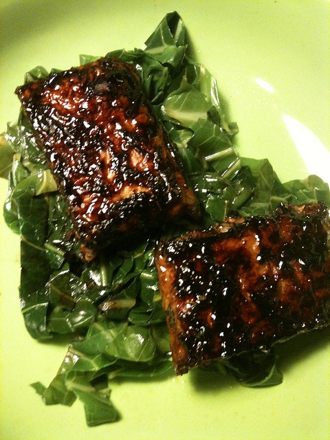Orange-balsamic braised tempeh over collard greens by CanadianAEh on ...