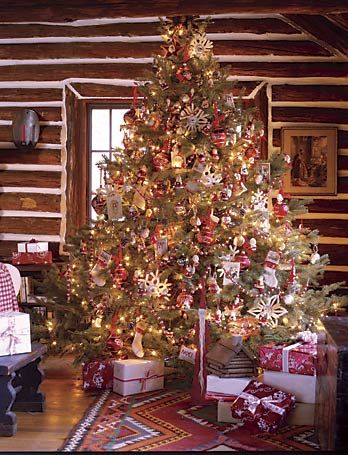 Log cabin country christmas tree christmas gatherings for Country cabin christmas