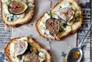 fig gorgonzola amp honey tartines http punchfork com recipe fig ...