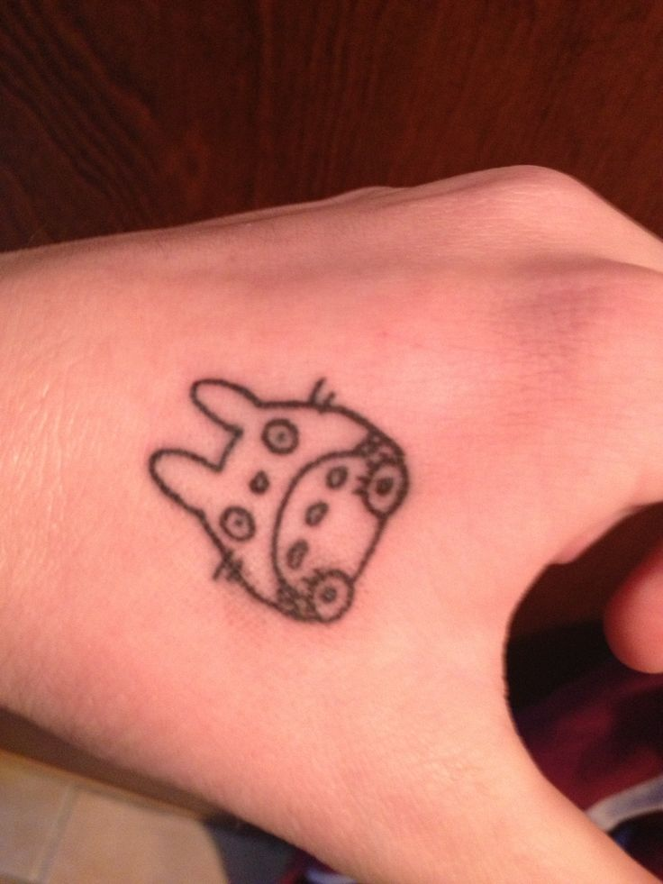 pin totoro tattoo miyazaki studio ghibli on pinterest. Black Bedroom Furniture Sets. Home Design Ideas