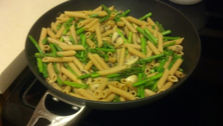 Asparagus, mushrooms, whole wheat pasta, and olive oil