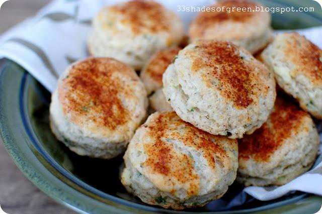 Feta, Chive, & Sour Cream Biscuits | Baking like Peeta | Pinterest