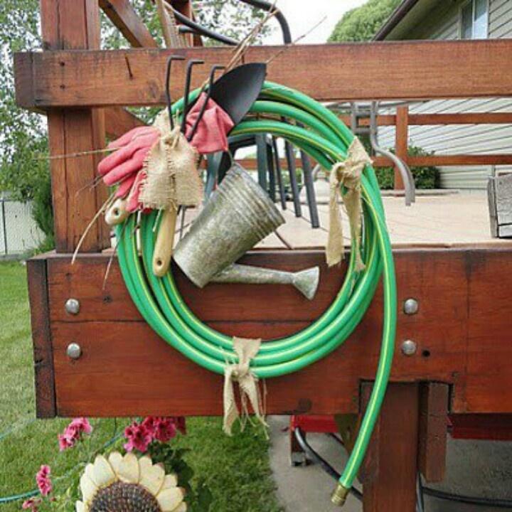 Garden hose wreath ideas for work pinterest for Garden hose idea