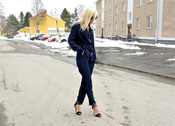 Jeans suit. (by Victoria Törnegren) http://lookbook.nu/look/3356575-Jeans-suit