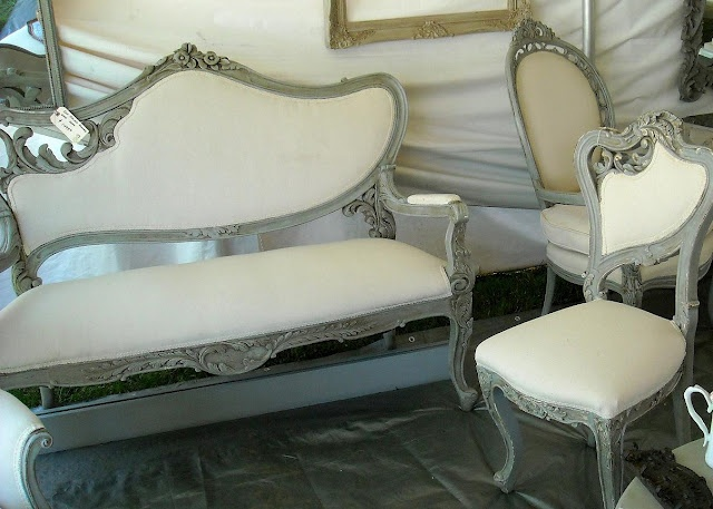 *The Brambleberry Cottage*: Antique Shows...love the look of these pieces