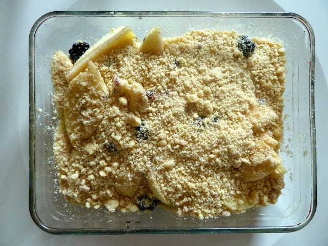 Apple and blackberry crumble | Food glorious food!! | Pinterest