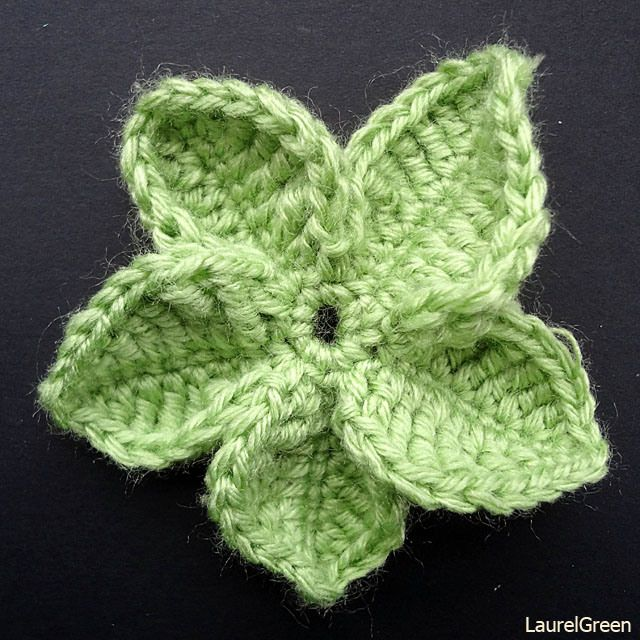 Crochet Leaf : Thing a day forever - crocheted leaves Embellishments Pinterest