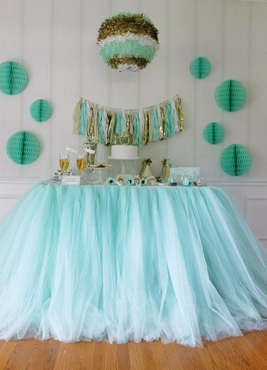 Fabulous Mint Tulle Table Skirt 550 x 762 · 55 kB · jpeg