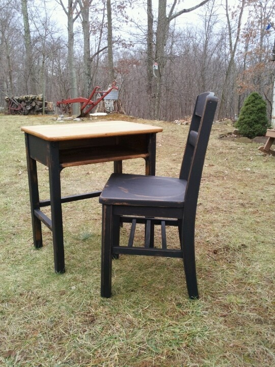 School desk and chair Refurbished and Repurposed Pinterest : e13966cee338405dcece16c8dc8bf336 Desk Chairs <strong>at Walmart</strong> from pinterest.com size 540 x 720 jpeg 227kB